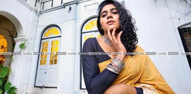 nimisha-vanitha