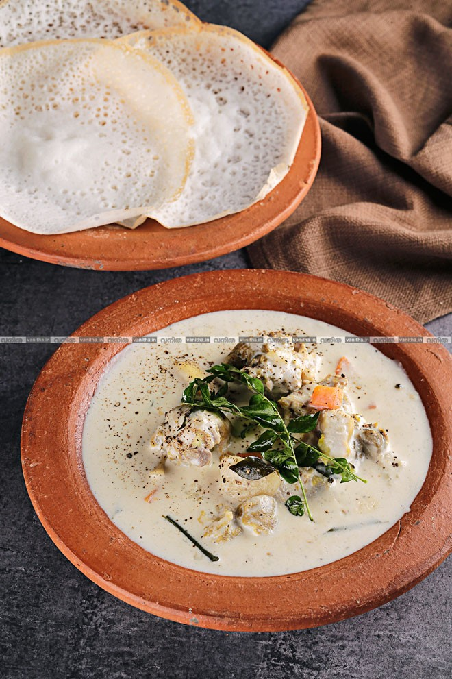 Mutton-stew-and-paalappam