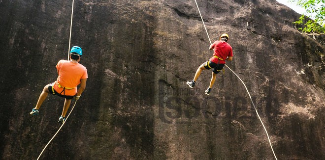 5)-Rappelling-2
