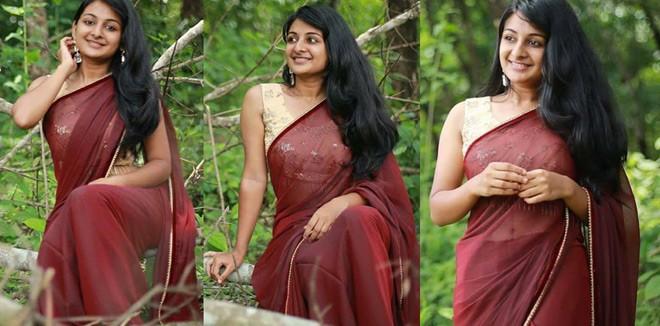 esther-saree-girl