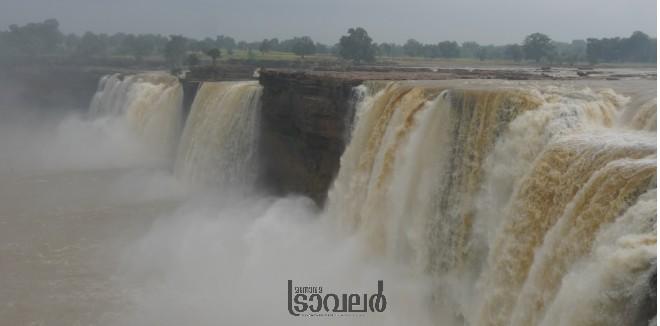Chithrakood Waterfalls2