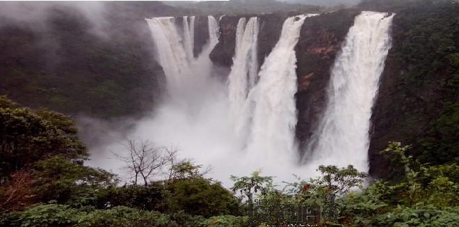 Jog waterfalls2