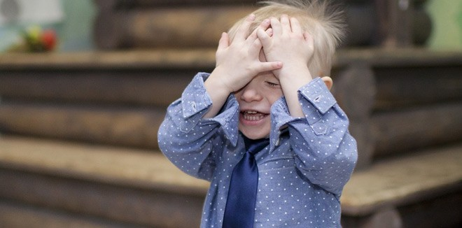 Does your child accidentally pee in his class? Here are the reasons and remedies