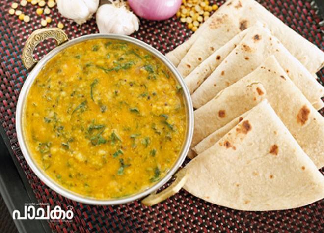 Parippu-palak-cheera-curry