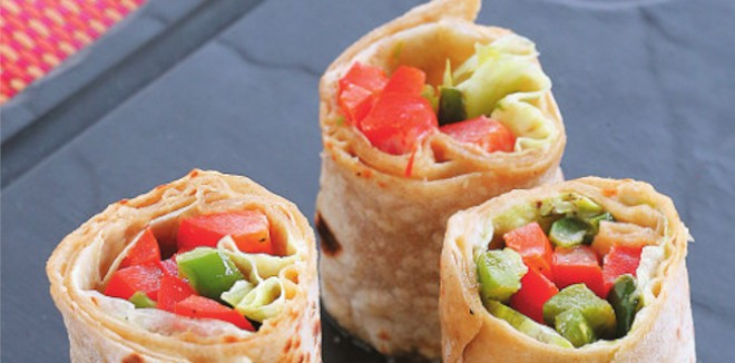 iPIckled Capsicum hummus Wraps