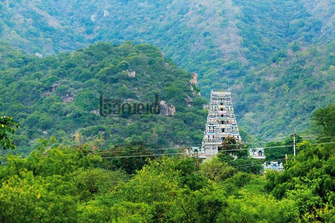 2)-Maruthamalai-Temple