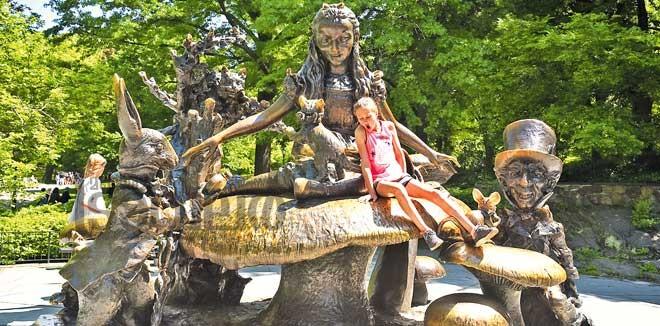 alice-in-wonderland-statue-in-central-park